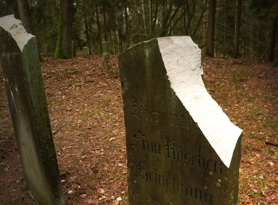 Anschlag auf jüdischen Friedhof in Bleckede