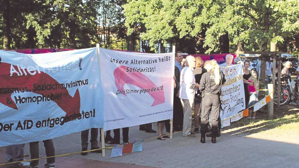 Stadthalle Uelzen: Proteste bei AfD-Termin