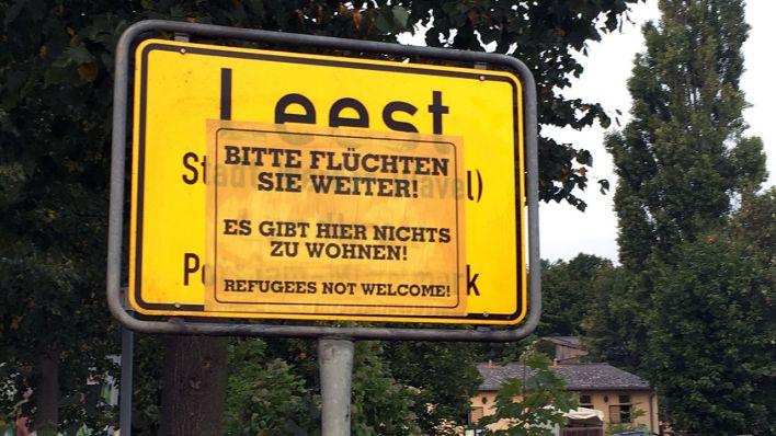 Naziaktion an Ortsschildern in SAW offenbar größer angelegt…