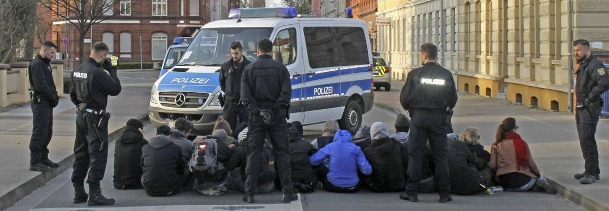 Update: Blockade gegen Thügida
