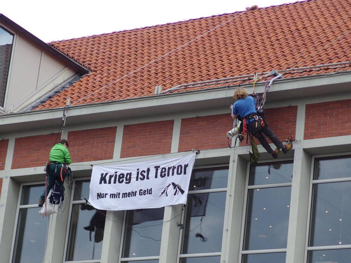 Krieg beginnt in Lüneburg – Widerstand auch