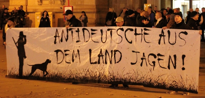 10.11.18: Nazis aus dem Altmarkkreis bei Fackelmarsch in Magdeburg